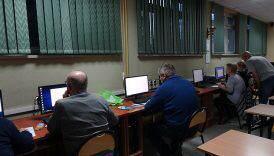 Czytaj więcej o: Trwa kurs obsługi komputera dla seniorów