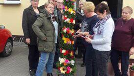 Czytaj więcej o: Seniorzy zrobili Wielkanocną Palmę